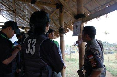 Briefing by Capt. Ugi